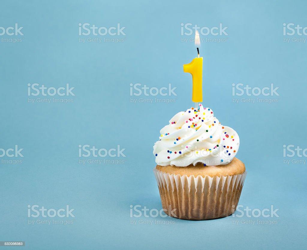 Geburtstag Cupcake Stockfoto Istock