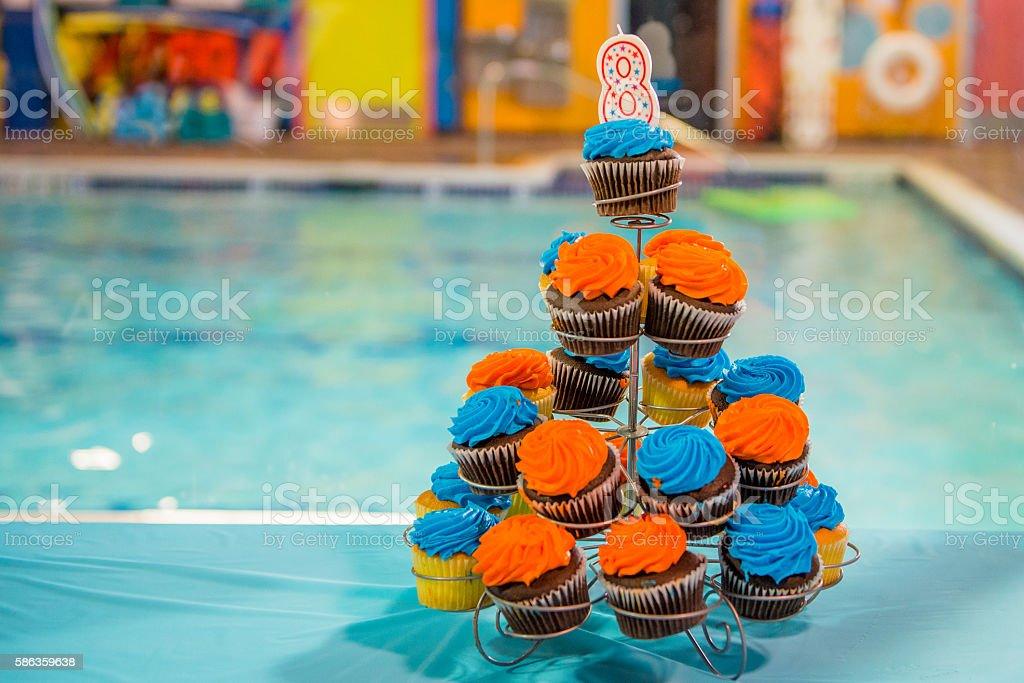 Cupcakes de aniversário - foto de acervo