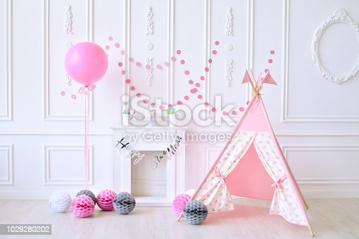 istock birthday decorations. pink balloons. 1029280202