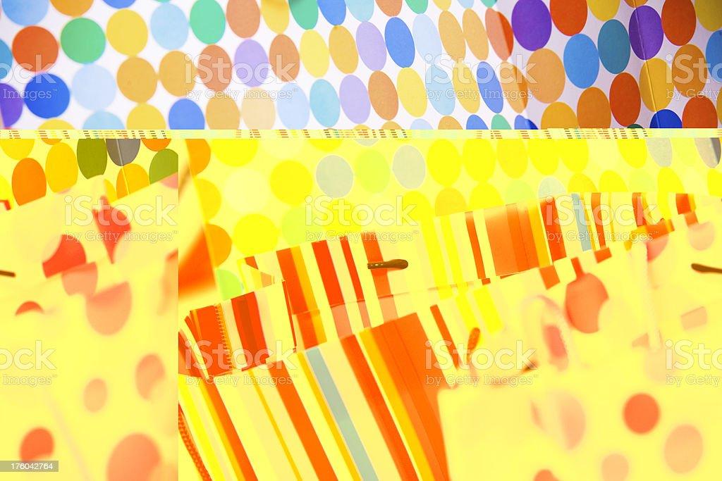 Patrones Bellos Fiesta Y Bolsas Cumpleaños Stock O Colores De De 4qU408x 117f427e987f