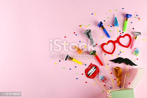 istock Birthday party kit with copy space. 1137519533