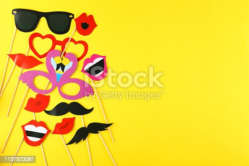 istock Birthday party kit with copy space. 1137523081