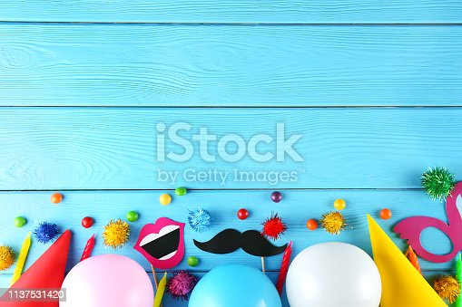 istock Birthday party kit with copy space. 1137531420