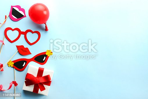 istock Birthday party kit with copy space. 1141506382