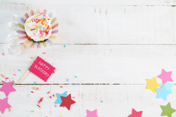 geburtstag - einladungskarten kindergeburtstag stock-fotos und bilder