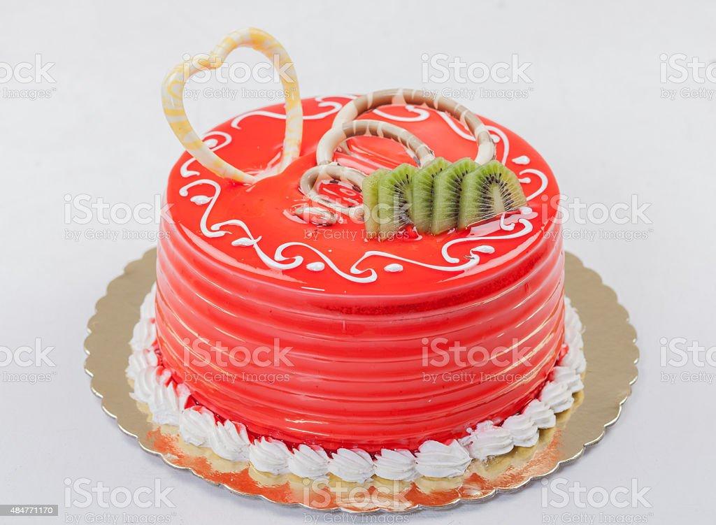Pastel de cumpleaños la torta de fresas - foto de stock