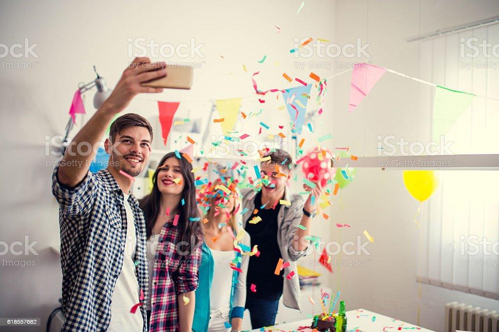 Aniversário selfie - foto de acervo