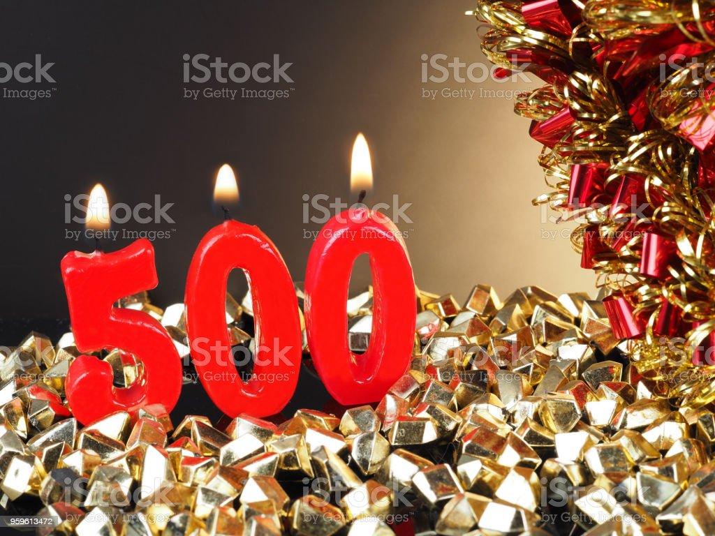 Vela de cumpleaños-aniversario mostrando no. 500 - Foto de stock de 500 libre de derechos