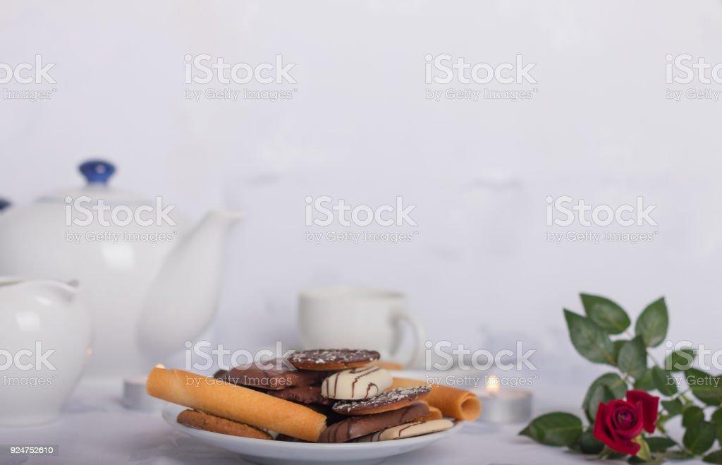 biscuits sur une table basse - Photo