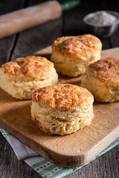 kekse - scones backen stock-fotos und bilder