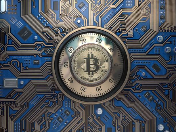 bitcoin cryptocurrency güvenlik ve araştırma kavramı. güvenli kilit devre kartı üzerinde bitcoin sembolü ile. - kripto para birimi stok fotoğraflar ve resimler