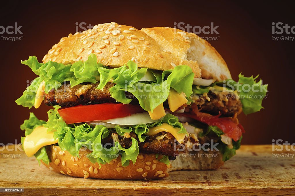 Bitten hamburger - – Foto