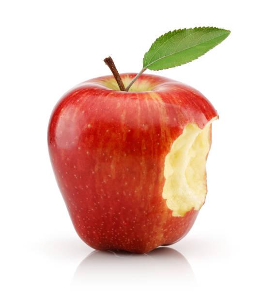 咬紅蘋果隔離在白色 - 咬 個照片及圖片檔