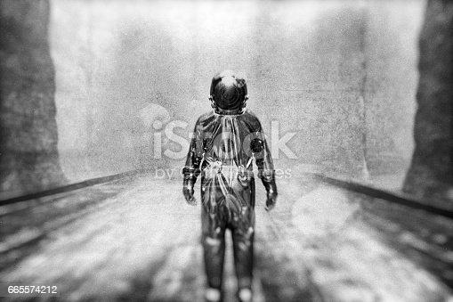 istock Black and white astronaut 665574212