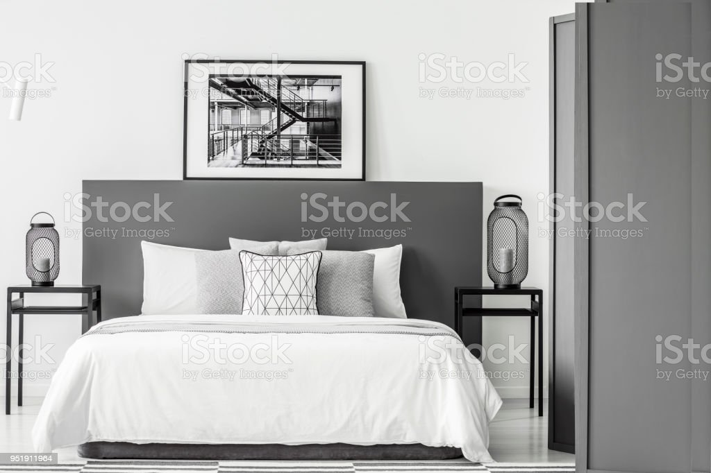 Schwarz Weiss Schlafzimmer Innenraum Stockfoto Und Mehr Bilder Von Beige Istock