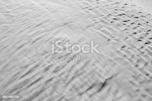 Black And White Color Natural Texture And Background Of The Desert Sand Patterns - Fotografie stock e altre immagini di Africa