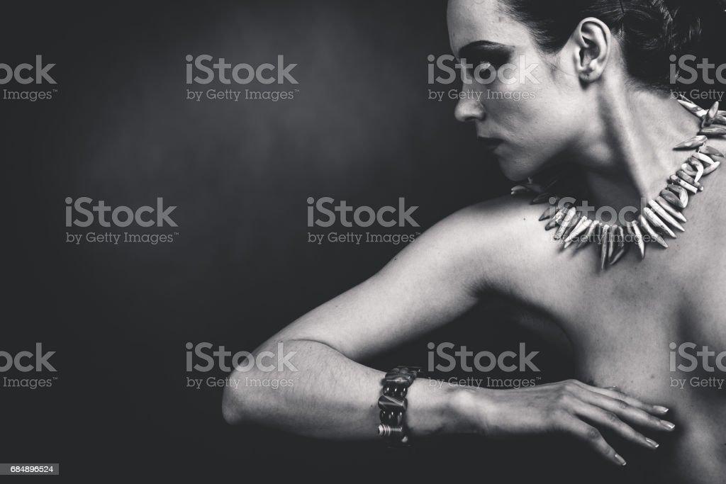 Schwarze und weiße weibliche Porträt Lizenzfreies stock-foto