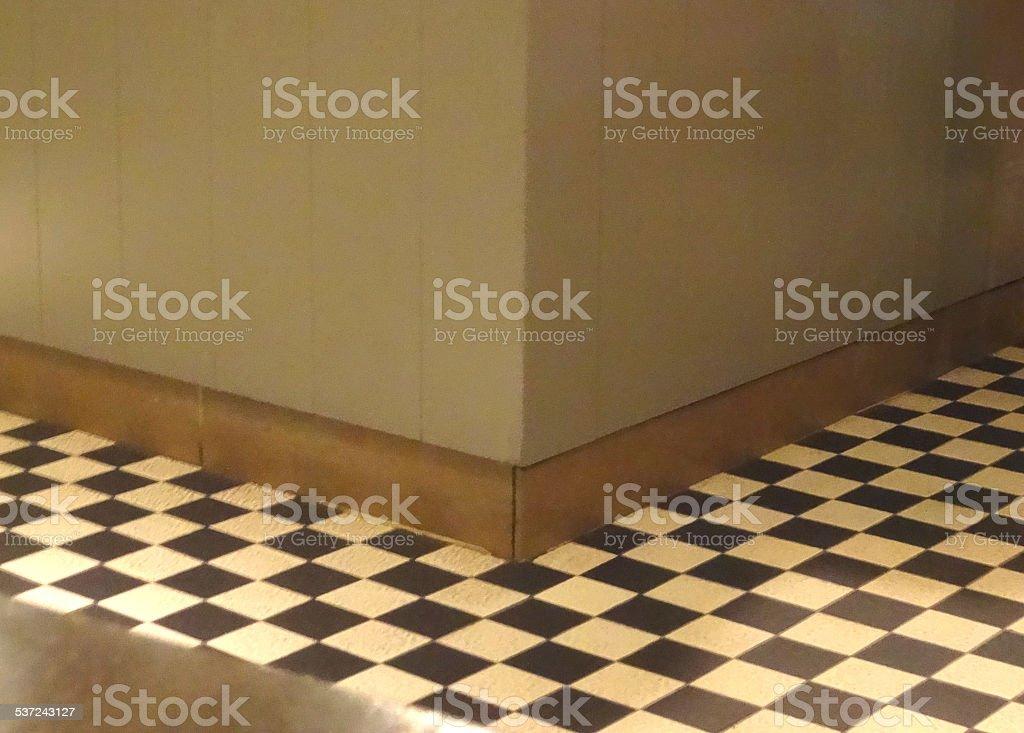 Bianco e nero mattonelle motivo a scacchi pavimenti in piastrelle