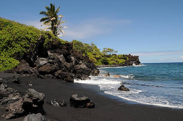 schwarzer strand in hana - patrick hutter stock-fotos und bilder