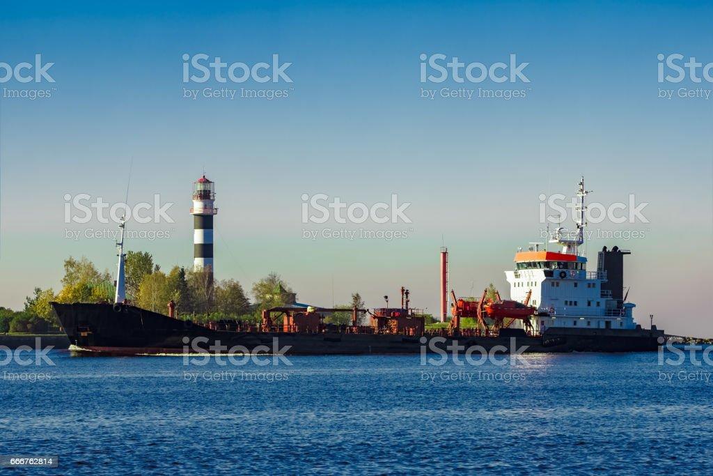 Black cargo oil tanker foto stock royalty-free