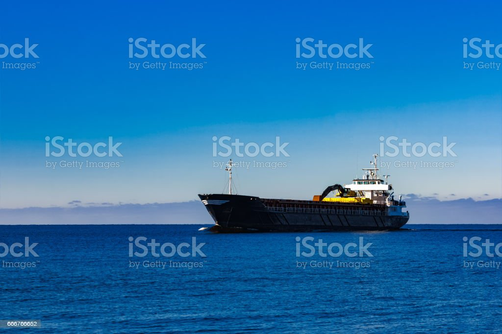 Black cargo ship foto stock royalty-free