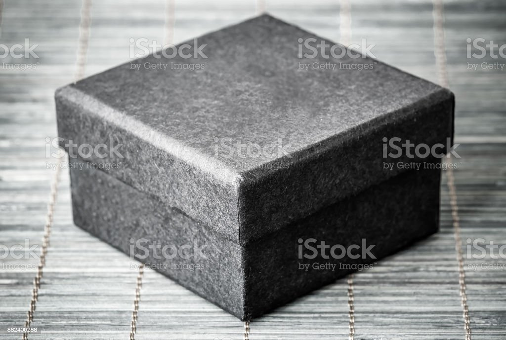 black fechado caixa - foto de acervo