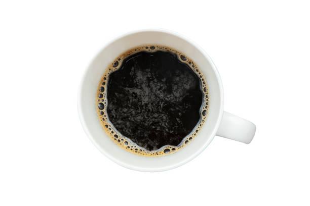 café negro en una taza de café vista superior - foto de stock