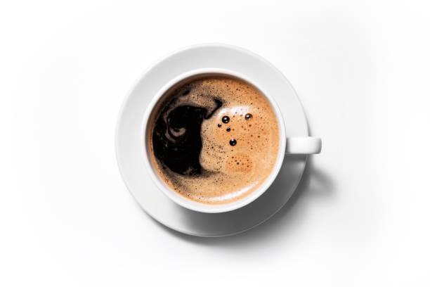 czarna kawa wyizolowana na białym tle. - coffee zdjęcia i obrazy z banku zdjęć