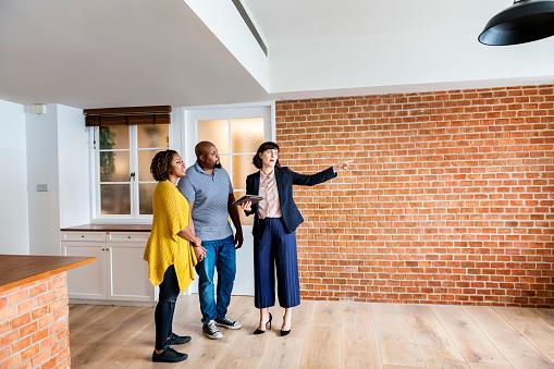 istock Black couple buy new house 928719130