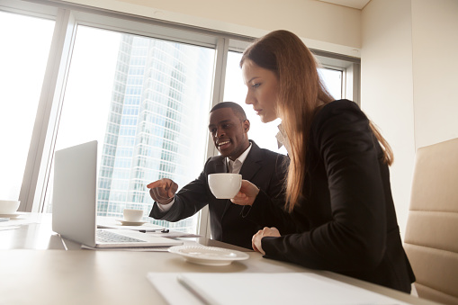 istock Black financial consultant explaining deal details 843533930