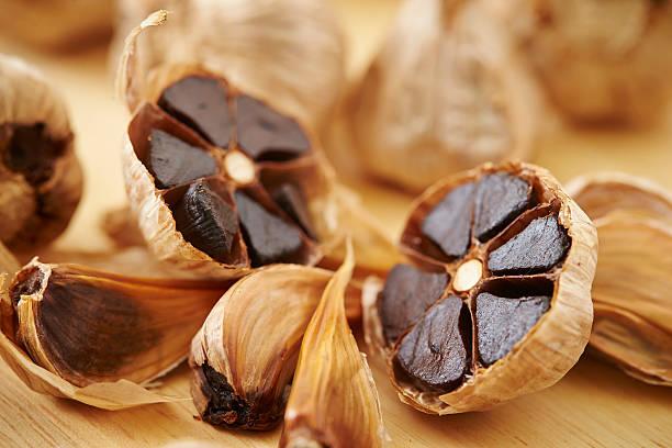 garlics negro - foto de stock