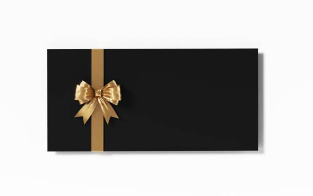 schwarzen geschenkkarte mit gold farbigen fliege auf weißem hintergrund - gutschein weihnachten stock-fotos und bilder