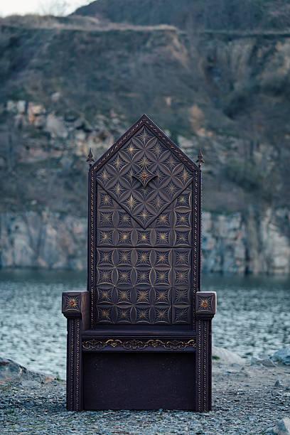 black gothic throne - tron zdjęcia i obrazy z banku zdjęć