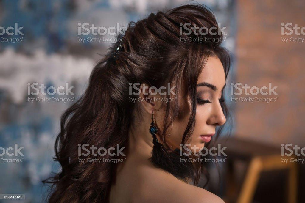 schöne lange schwarze haare