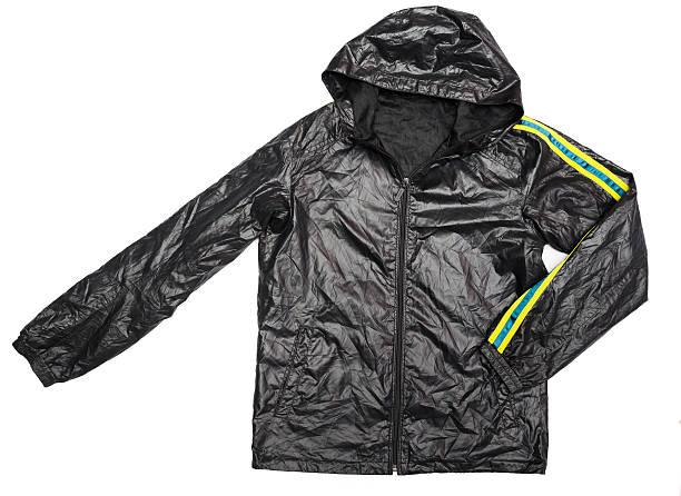 schwarzer kapuzen-windbreaker wasserfeste jacke mit durchgehendem reißverschluss - zip hoodies stock-fotos und bilder