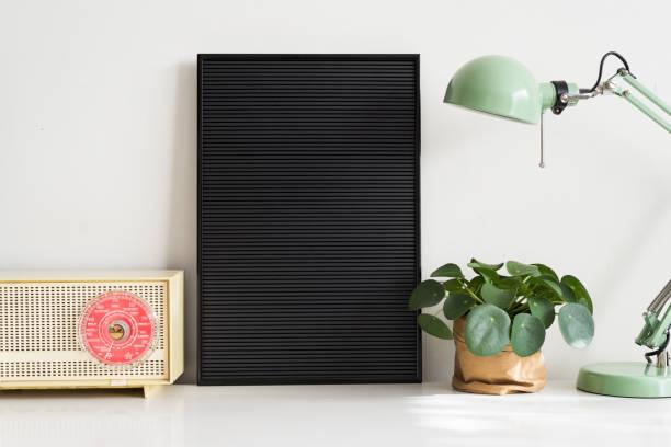 Schwarze Buchstaben board – Foto