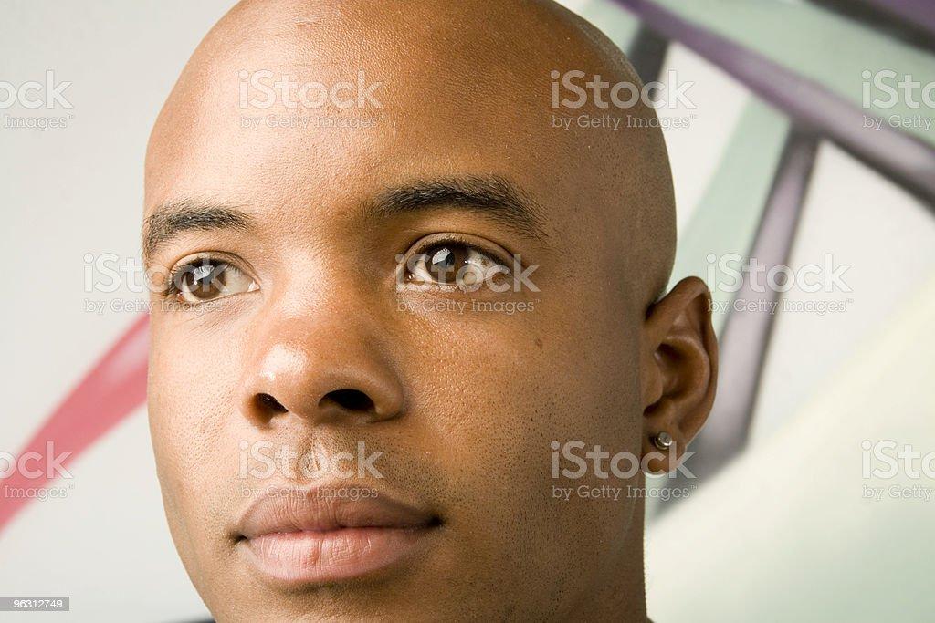 Black Man with Earring - Royaltyfri Afrikanskt ursprung Bildbanksbilder