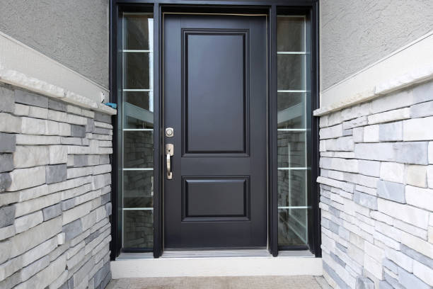 black modern front door - immobilienangebote stock-fotos und bilder