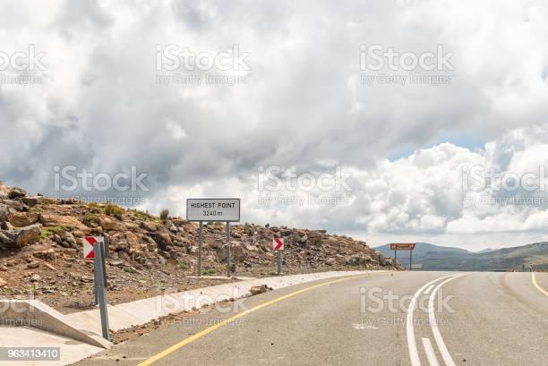 Czarna Przełęcz Górska W Lesotho - zdjęcia stockowe i więcej obrazów Afryka