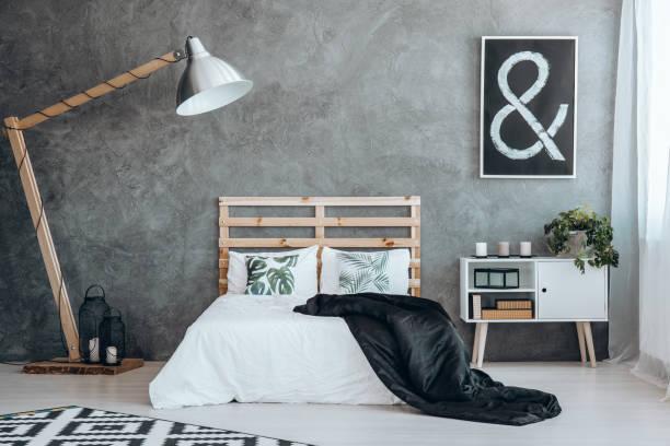 image en noir avec panneau blanc - architecture intérieure beton photos et images de collection