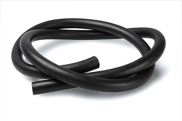 tubo in gomma nera - materiale gommoso foto e immagini stock