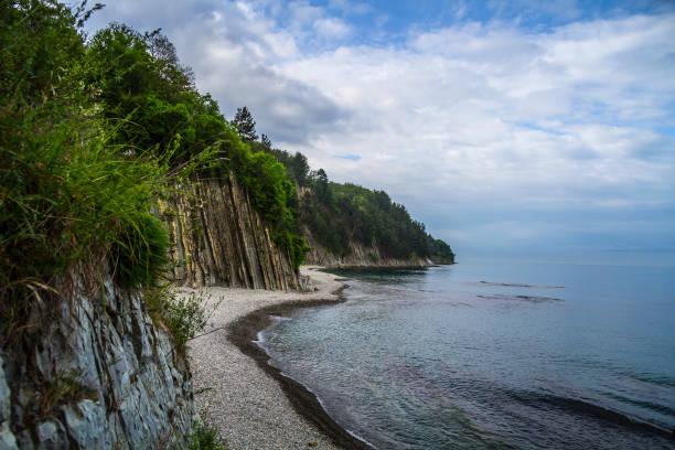 黒海沿岸とキセレヴァ岩 - クラスノダール市 ストックフォトと画像