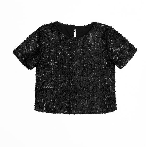 schwarzes kurzes oberteil mit pailletten isoliert auf weißem hintergrund - pailletten shirt stock-fotos und bilder