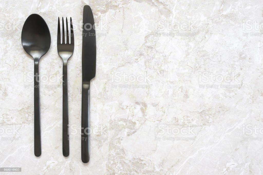 Schwarzes Besteck Auf Marmor Stockfoto Und Mehr Bilder Von Arrangieren Istock