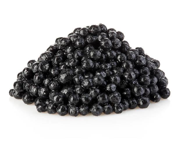 caviar de esturión negro aislado sobre fondo blanco. - caviar fotografías e imágenes de stock