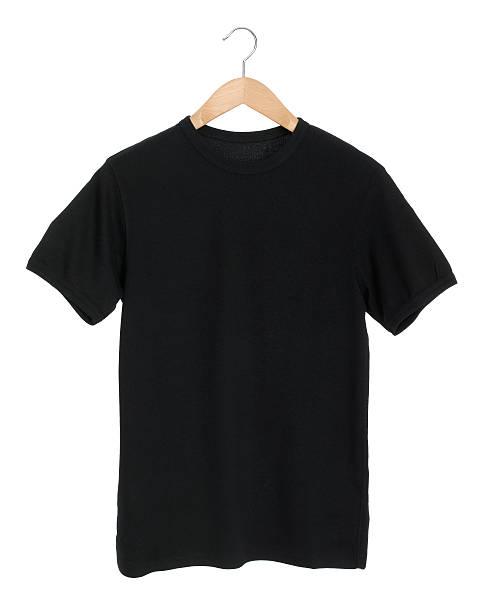 Schwarz T-Shirt auf Weiß – Foto