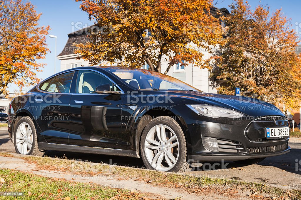 Black Tesla Model S Car Stock Photo Download Image Now Istock
