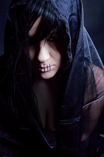 svarta änkan halloween