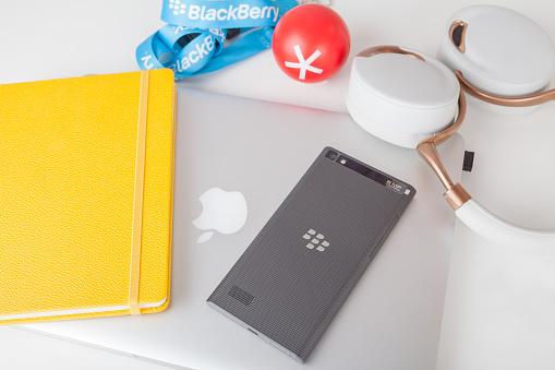 BlackBerry Leap back, Apple MacBook Pro Retina and accessorizes