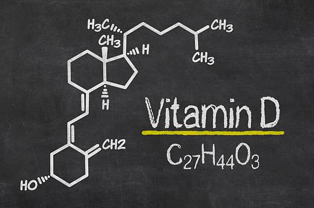 blackboard с химической формуле витамин d - vitamin d стоковые фото и изображения